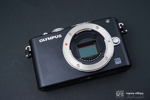 Olympus_EPL3_exterior_02