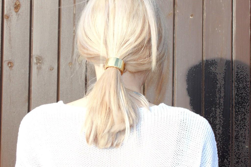 minimal hair detail