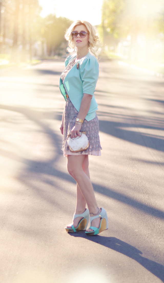 pastel outfit - mint and pink- mint and gold-hair-sun