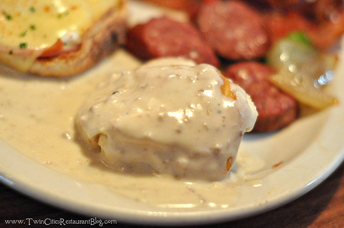 Biscuits and Gravy at Maynards ~ Rogers, MN