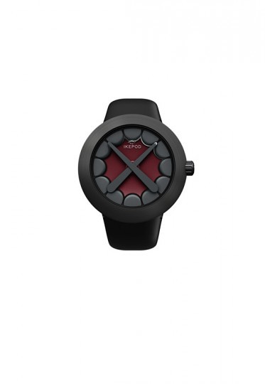 ikepod-kaws-watch-3-373x540