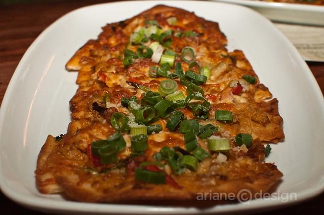 Crab & asparagus flatbread