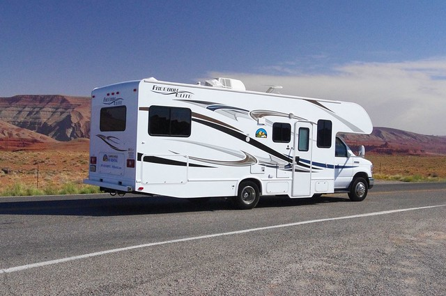 Freedom Elite Class C Motorhome, near Mexican Hat, Utah, September 30, 2011, Camping World rental unit