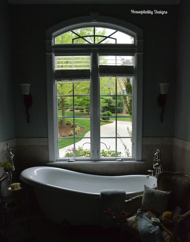 Master Bath View