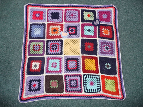 Squares donated by 'Dolphin Sunshine' Germany over on RAV. jean nock beautifully made the Blanket up! Well done both!