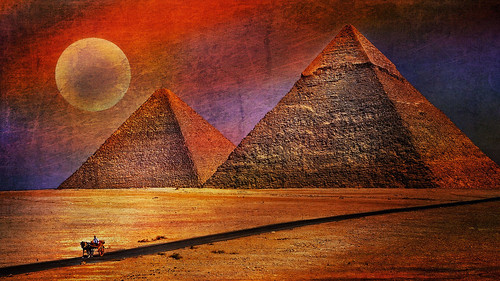 red moon texture desert egypt cairo moonlight pyramids impression