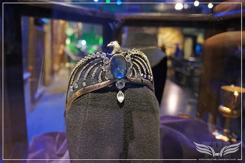 The Establishing Shot: The Making of Harry Potter Tour - Interior Sets Rowena Ravenclaw's Diadem Horcrux by Craig Grobler