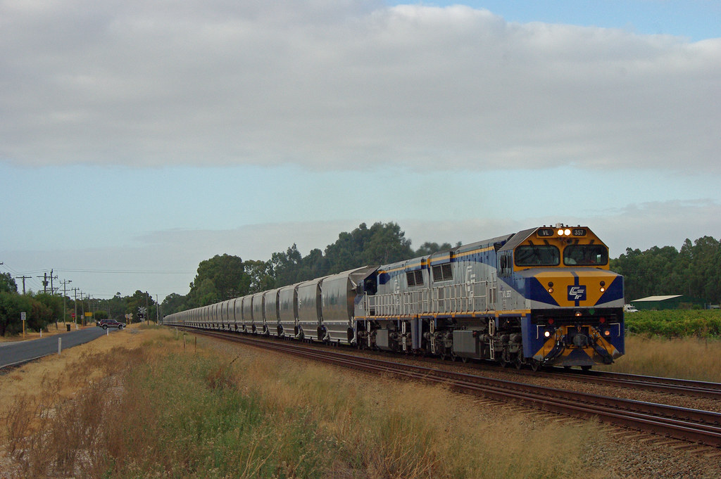 VL357 361 6WG3 Herne Hill by 8888transportpix