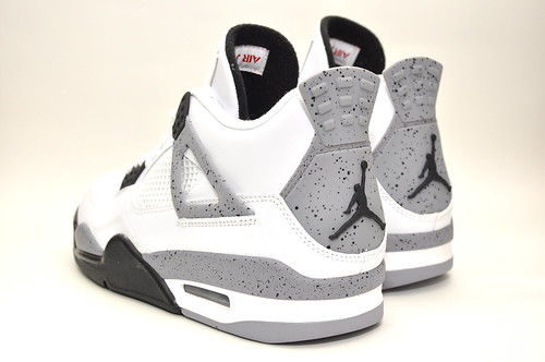 Air Jordan Retro 4 White/Tech Grey