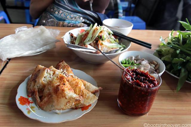 Banh Xeo (or banh khoai) at chợ Đà Lạt