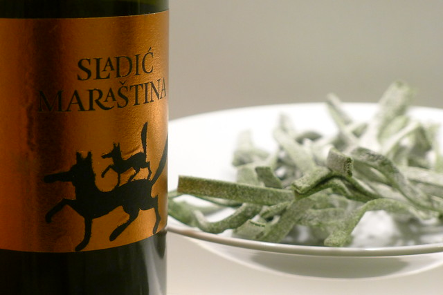 Sladić maraština and green tagliatelle