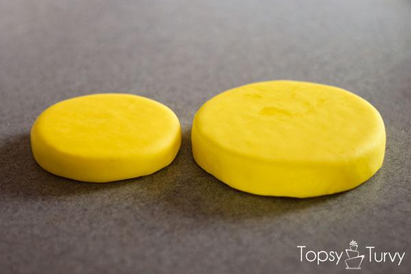lego-head-cake-tutorial-top-bottom-boards