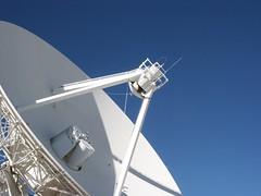 vehicle(0.0), mast(0.0), wind(0.0), wind turbine(0.0), machine(1.0), blue(1.0), antenna(1.0),