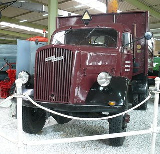 Opel Blitz A 3 to Allrad LKW 1944 4x4 red vl