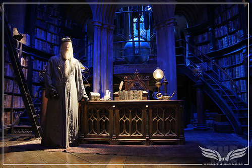 The Establishing Shot: The Making of Harry Potter Tour - Interior Sets - Dumbledore's Office Professor Dumbledore's year 3 Robes by Craig Grobler