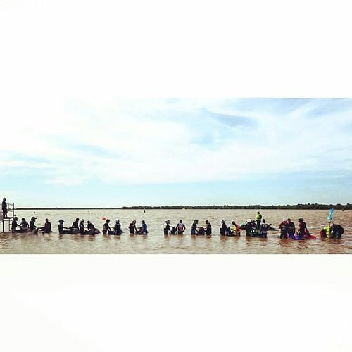 En sus marcas/ #Ramallo #PlayaBlanca #ajm #jetski #start #race #river
