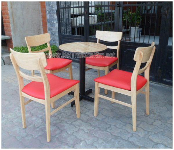 Bộ bàn ghế bằng gỗ dùng cho nhà hàng - quán cà phê SKG02