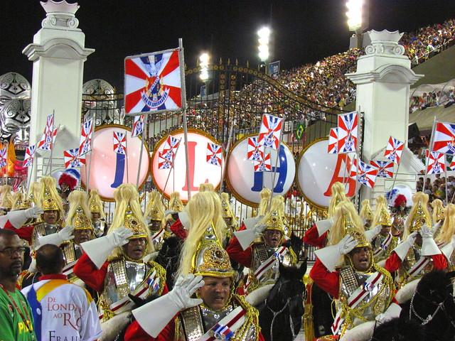 Grande Rio / portões do palácio de Buckingham / Carnaval 2012 Desfile Sambódromo Rio de Janeiro Carnival Carioca Brazil Brasil samba Marquês de Sapucaí Segunda