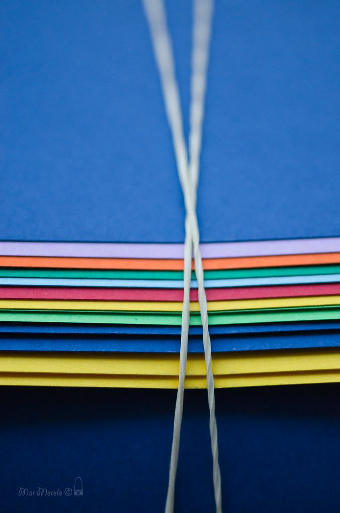 Cartulinas de colores  + 2