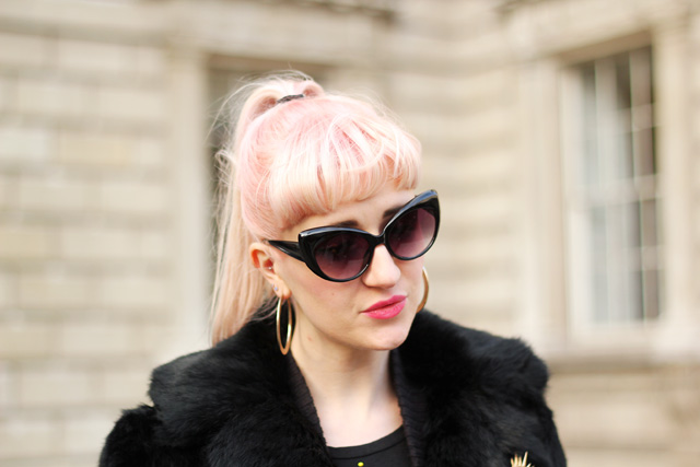 pink hair cat eye sunglasses