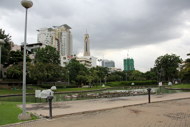 Apartments at Victory Monument, Bangkok