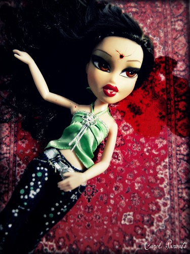 "Sun Wei's Bratz Next Top Model:""Fierce till Death"" - Naomi (Shot in the head)"