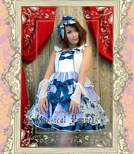 Classical_Puppets_Blueberry_Halter_Sweet_Bowknot_Lolita_Dress_9