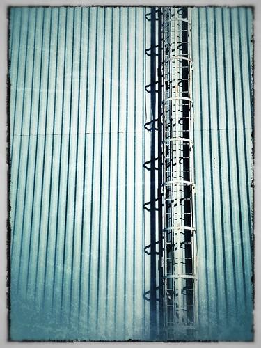 2.20.12 ladder by piketanya