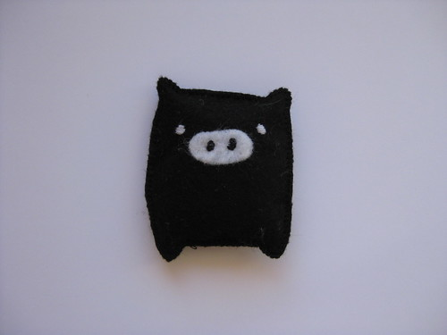 Monokuro Boo Brooch by ONE by one