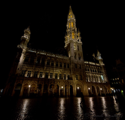 Grand Place, wide
