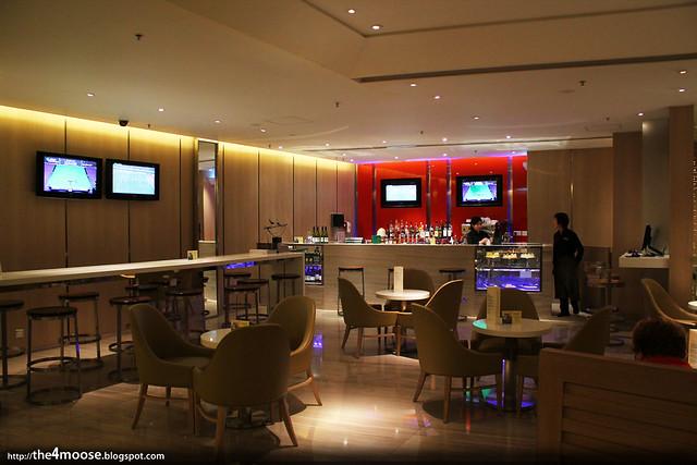 Traders Hotel Hong Kong - Lobby