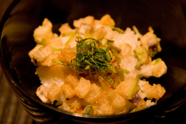 Steam rice with umeboshi and seven-vegetable tempura, Kajitsu