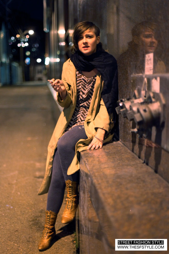 Keturah1 trenches, knit tights, exposed zipper, street fashion blog, San Francisco,