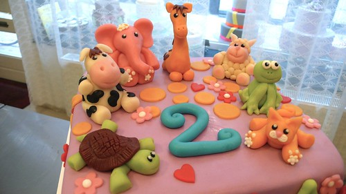Animals cake by CAKE Amsterdam - Cakes by ZOBOT