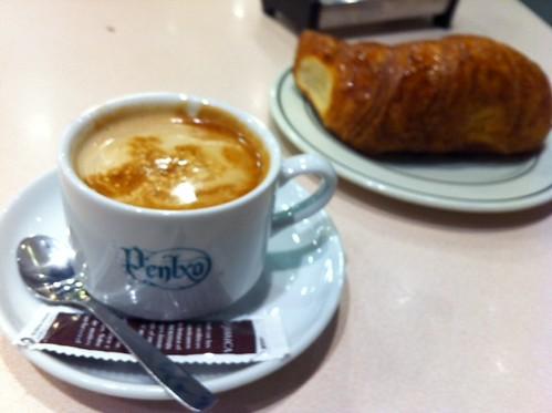 Desayuno en el Pentxo de Bilbao by LaVisitaComunicacion