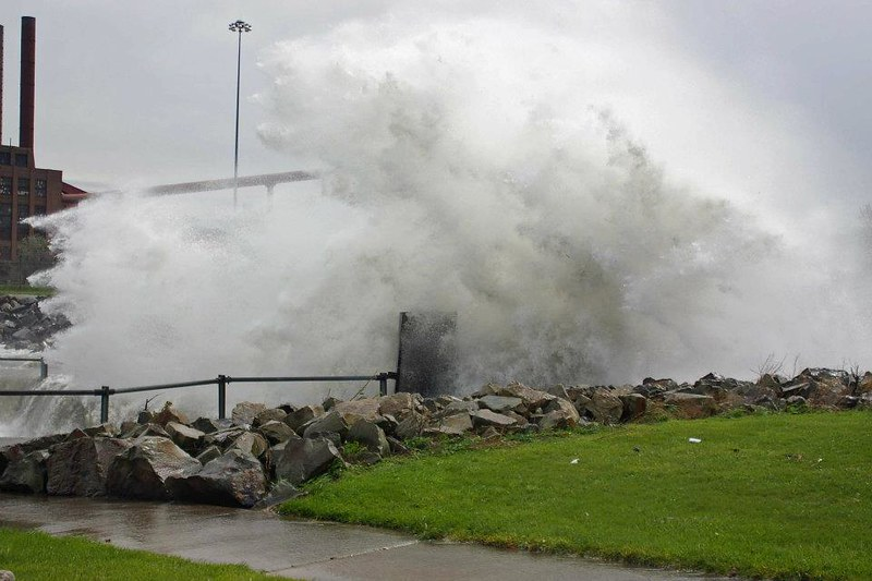 Lake Erie in Gale force winds