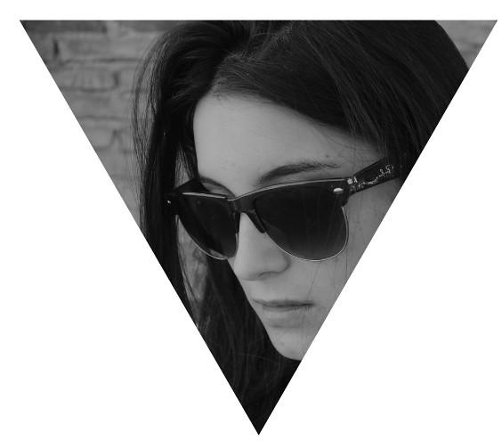 Micaela - Triangle