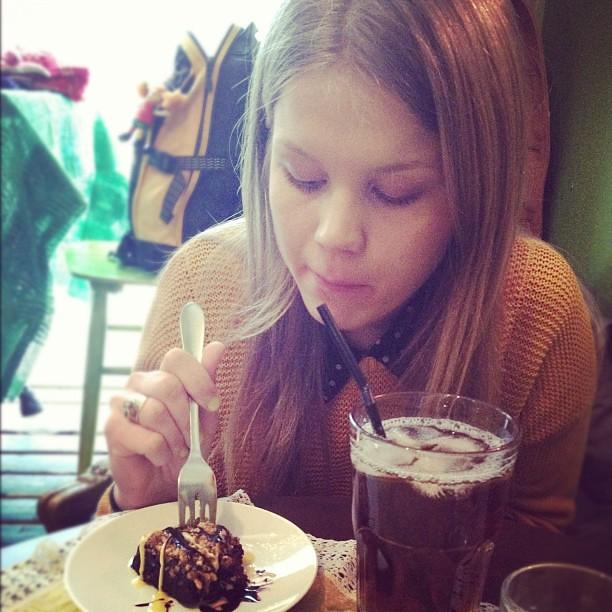 #cafegopal #tampere herkkuhetki parhaan kaipsulin kanssa!! #itwasgood #cake #icetea
