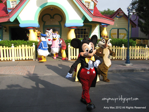 Disney Characters at Magic Kingdom