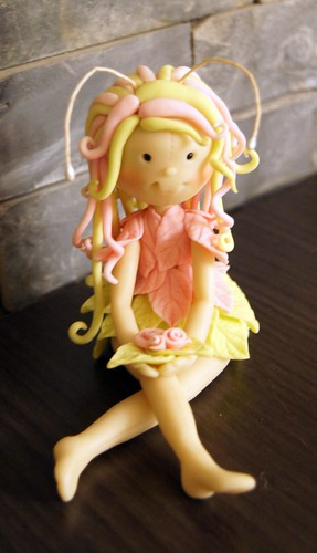 muñeca porcelana rosa