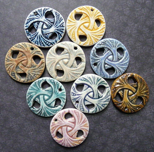 Porcelain Swirling Leaves Pendants