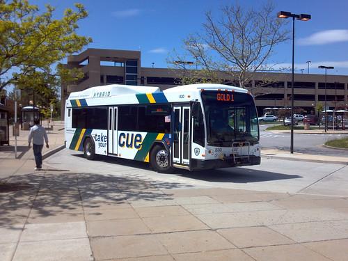 Fairfax CUE bus