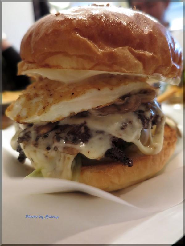 Photo:2014-01-05_ハンバーガーログブック_【本郷三丁目】FireHouse(ファイヤーハウス) 私にとってのハンバーガーのスタートの店へ-04 By:logtaka