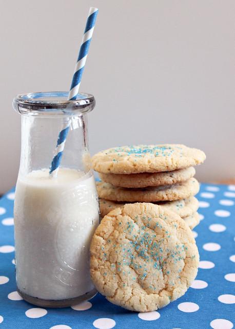 Southern Pink Lemonade: Sugar Cookies and an Online Bake Sale