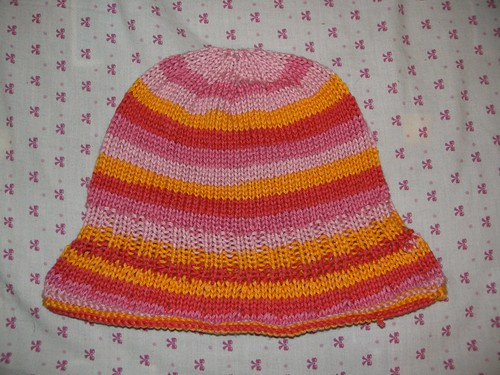 A Chiq hat for Grandma- a crochet almost floppy brimmed hat