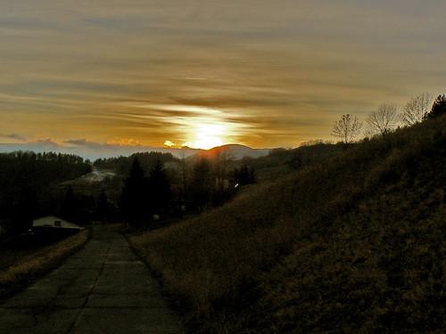 sunset italy italia tramonto emilia newyearseve capodanno appennino romagna barigazzo