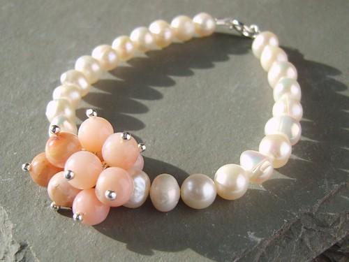 Sheila Pearl Bracelet