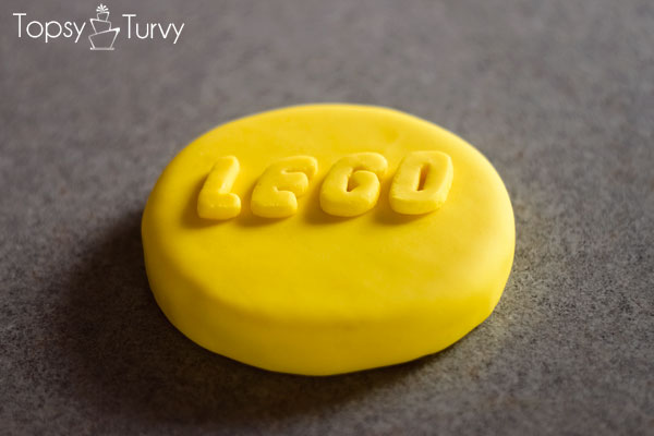lego-head-cake-tutorial-logo-top