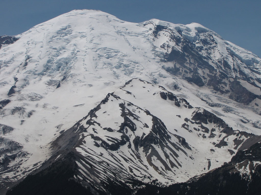 Mount rainier 3 day muir climb alpine ascents international.