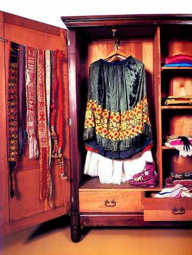 Imagem do livro El Ropero de Frida
